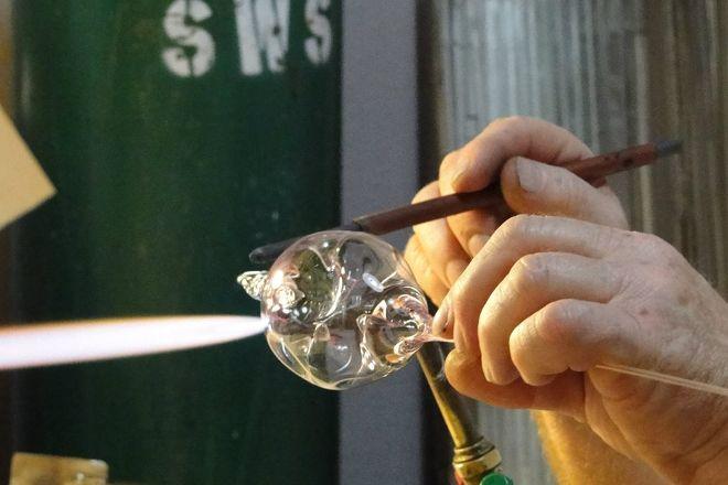 Sparky's Glassblowing, Gatlinburg, United States