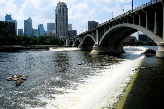 St. Anthony Falls, Minneapolis, United States