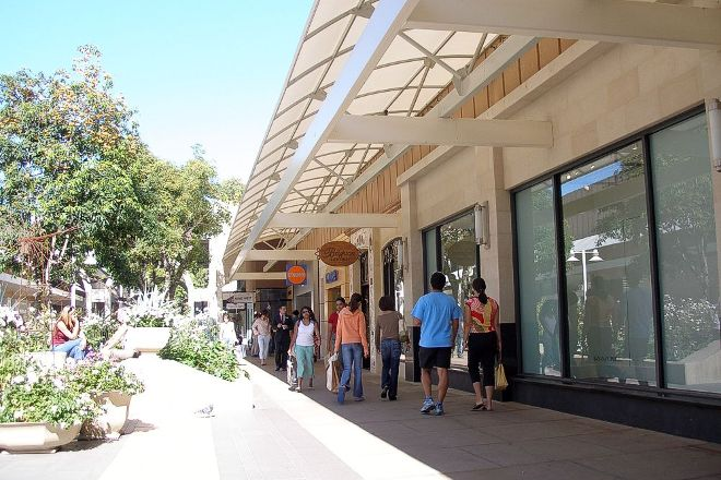 Stanford Shopping Center, Palo Alto, United States