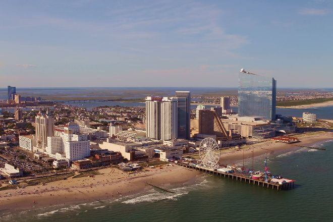 Steel Pier Amusement Park, Atlantic City, United States