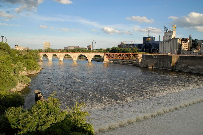 Stone Arch Bridge, Minneapolis, United States