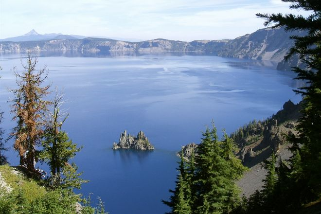 Sun Notch Trail, Crater Lake National Park, United States