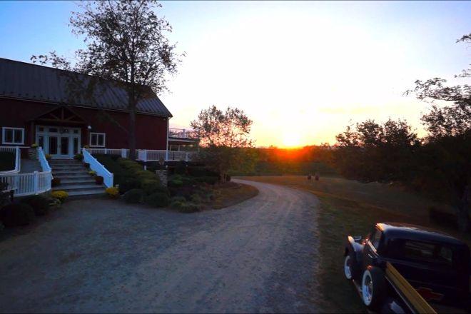 Sunset Hills Vineyard, Purcellville, United States