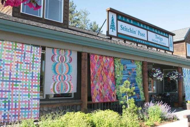 The Stitchin' Post, Sisters, United States