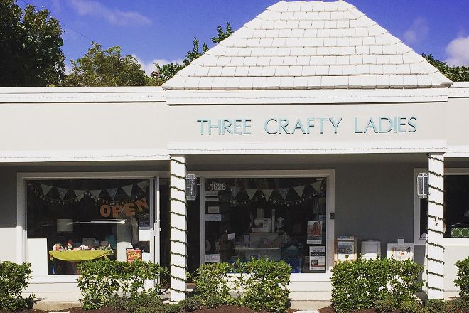 Three Crafty Ladies, Sanibel Island, United States