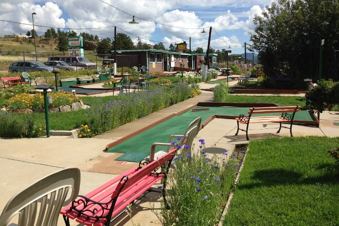 Tiny Town Miniature Golf, Estes Park, United States