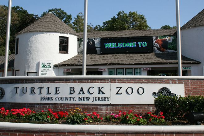 Turtle Back Zoo, West Orange, United States
