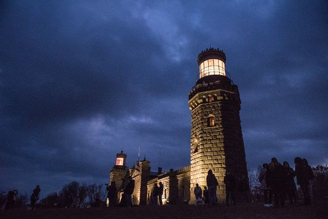 Twin Lights Historic Site, Highlands, United States