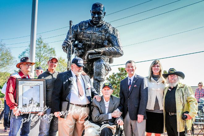 Van Zandt County Veterans Memorial, Canton, United States