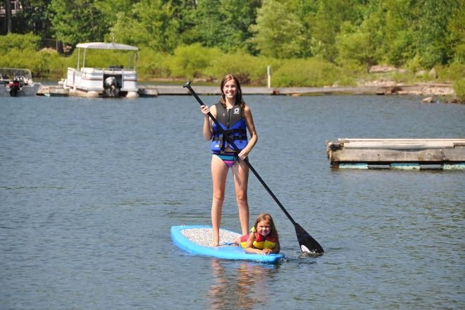 Wallenpaupack Boat Tours & Rentals, Hawley, United States