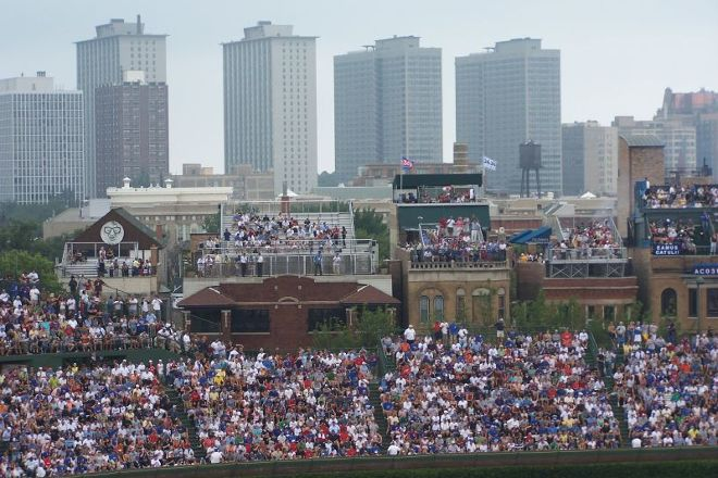 Wrigley Rooftops, Chicago, United States