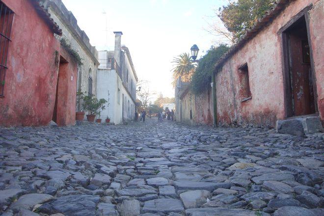 La Calle de los Suspiros, Colonia del Sacramento, Uruguay