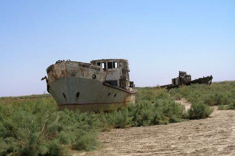 Ships Cemetery, Muynak, Uzbekistan