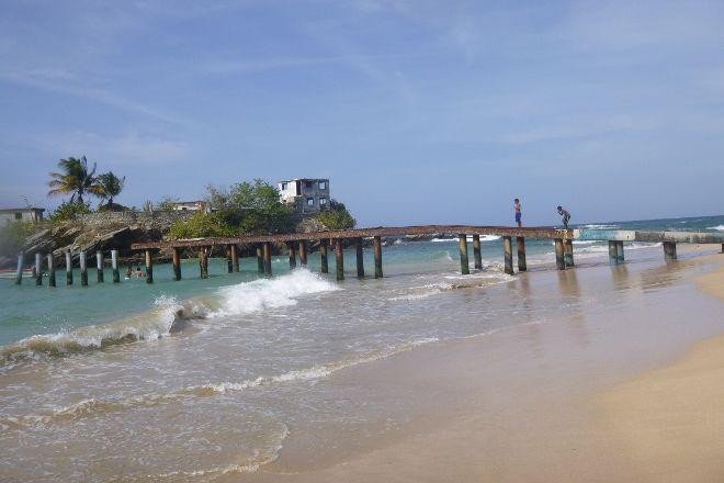 Playa Caracolito, Higuerote, Venezuela