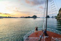 Alisa Premier Cruise, Halong Bay, Vietnam