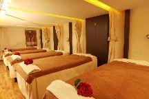 Armani Spa & Clinic