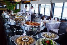 Syrena Cruises, Halong Bay, Vietnam