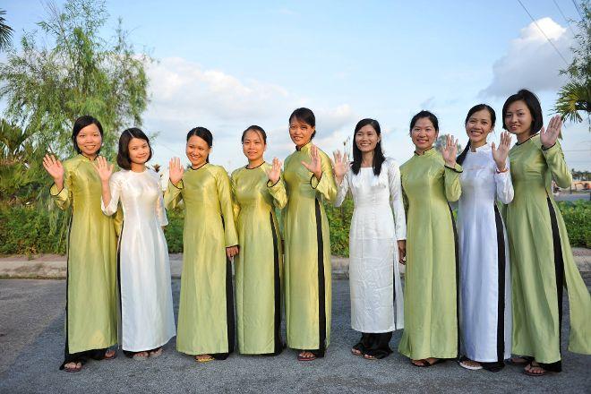 Authentic Travel Vietnam, Hanoi, Vietnam