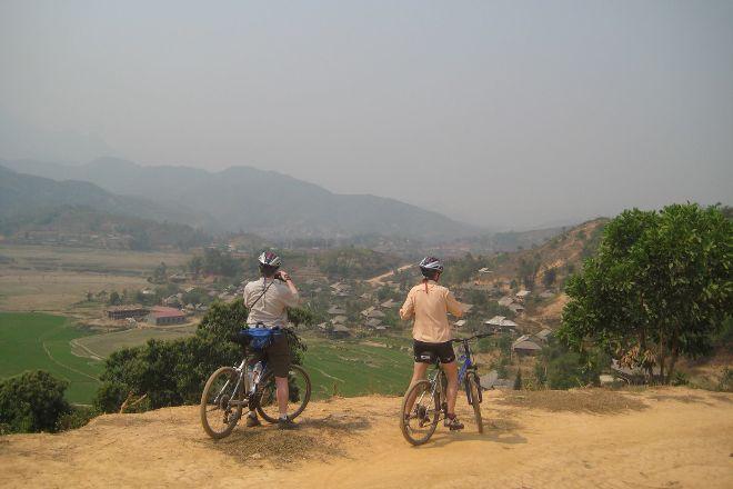 Biking Vietnam, Hanoi, Vietnam