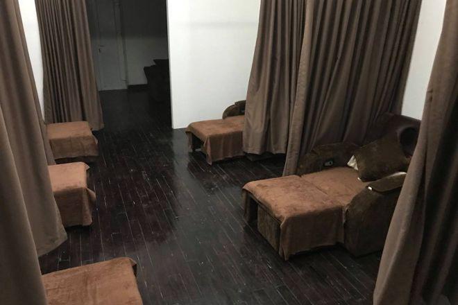 Foot Massage R&M Plus, Hanoi, Vietnam