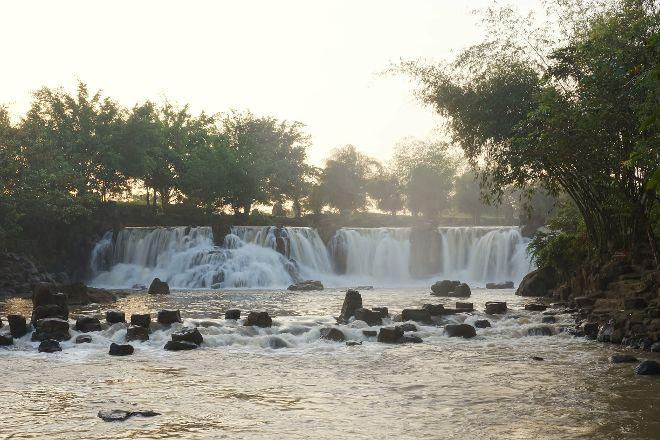 Giang Dien Waterfall Tourist Site, Trang Bom, Vietnam