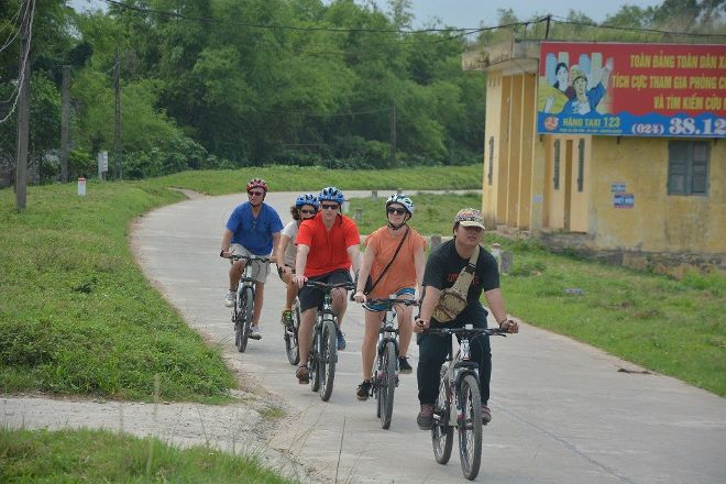 Hanoi Free Bike Tour, Hanoi, Vietnam