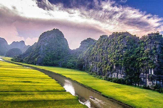 Hoa Lu - Tam Coc, Ninh Binh, Vietnam