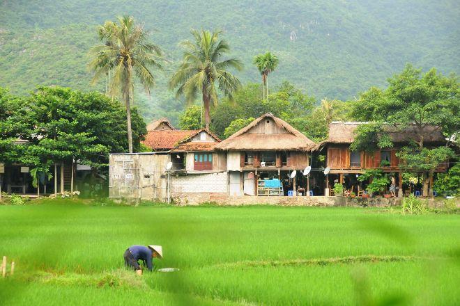 Luxury Vietnam Travel, Hanoi, Vietnam