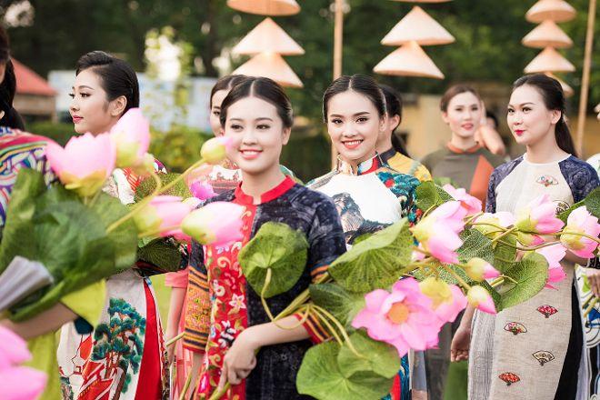 Realistic Asia, Hanoi, Vietnam