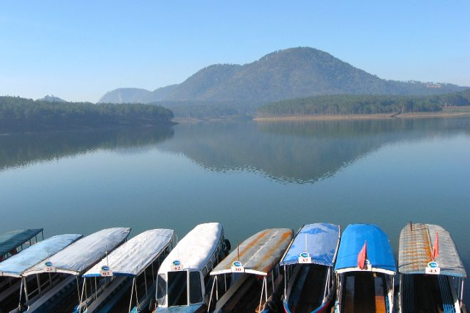 Tuyen Lam Lake, Da Lat, Vietnam