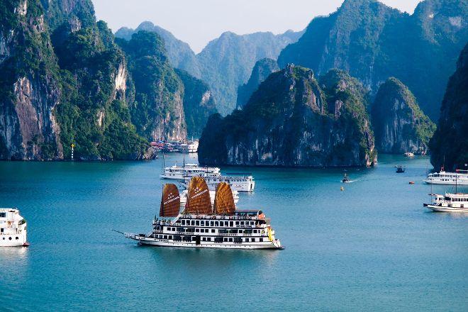 Vietnam Travel & Cruise - Day tours, Hanoi, Vietnam